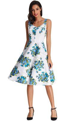 958ee4ff717598 Sukienka w kwiaty odcieniach niebieskiego | sukienki w stylu pin-up,  stylowe retro sukienki - Lejdi