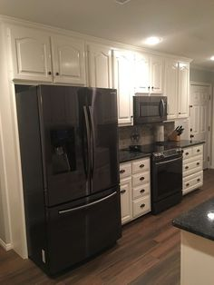 Grey Kitchen Cabinet with Black Appliance. Grey Kitchen Cabinet with Black Appliance. Black Appliances and White or Gray Cabinets – How to Make It Kitchen Cabinets With Black Appliances, Kitchen Cabinets Grey And White, Modern Grey Kitchen, Classic Kitchen, Brown Cabinets, Grey Kitchens, Kitchen Black, Kitchen Pantries, Minimal Kitchen
