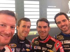 The of HMS.Especially love that guy from the right. Hendrick Motorsports Team selfie - Dale Jr, Kasey Kahne, Jeff Gordon and Jimmie Johnson 2014 Sprint Race, Race Day, Nascar Sprint, Nascar 2016, Sprint Cup, Rick Hendrick, Jeff Gordon Nascar, Dangerous Sports, Jimmy Johnson