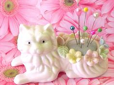 Meow Vintage Kitty Cat Pincushion by nickelnotions
