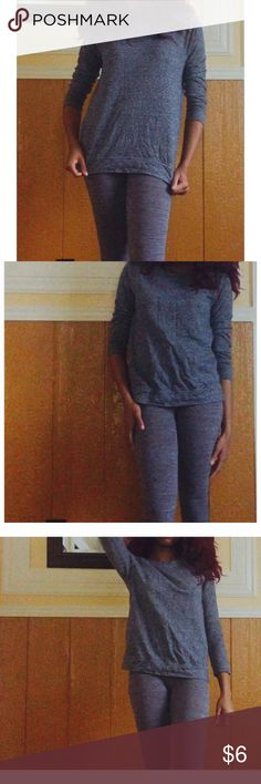 Grey Forever 21 Crew Neck 💸WILLING TO NEGOTIATE PRICE SO DON'T BE AFRAID TO MAKE AN OFFER!😌💸 Details - Size: S, Color: Grey, Soft Fabric, worn a few times, no rips, no holes, no stains, in good condition! Item will be freshly washed and ironed before being shipped. Forever 21 Sweaters Crew & Scoop Necks