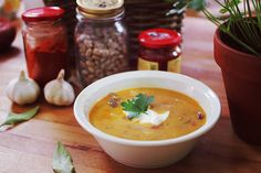 Healthy Recepies, Hungarian Recipes, Starters, Cheeseburger Chowder, Thai Red Curry, Cantaloupe, Main Dishes, Vegetarian, Minden