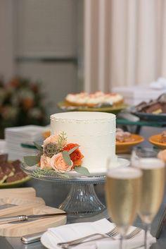 Summer Napa Valley Wedding at Carneros Inn - MODwedding