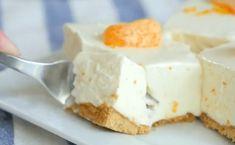 Φθινοπωρινό γλυκό: Γλυκό με μπισκότα και πορτοκάλι χωρίς ψήσιμο No Bake Desserts, Just Desserts, Dessert Recipes, Baking Tins, Baking Recipes, Biscuits Graham, Dessert Parfait, No Bake Lemon Cheesecake, Strawberry Cheesecake