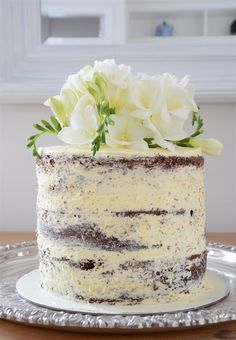 How to make a naked cake, Recipe and instructions and great videos to help - Lee Caroline - A World of Inspiration: