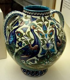 William De Morgan - Vase