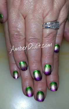 Amber did it!: Mardi Gras Nails Extravaganza gradient