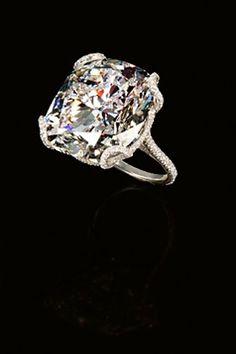 Leviev Cushion Cut Diamond Ring iPhone Wallpaper