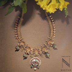 Diamond Jewelry, Gold Jewelry, Jewelery, India Jewelry, Temple Jewellery, Ancient Jewelry, Antique Jewelry, South Indian Jewellery, Neck Piece