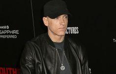 Ο Eminem αφήνει γένια για πρώτη φορά στα 45 του και το twitter κάνει πάρτι