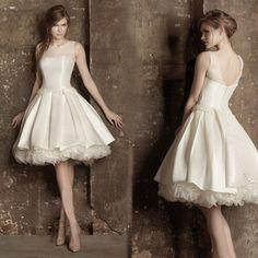 502b9a26e6f277 Goedkope 2016 nieuwe ontwerp A lijn korte jurken V opening terug prarls  leuke cocktail kralen jurk