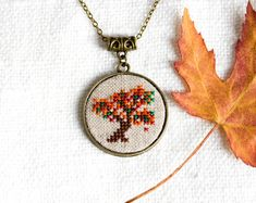 Autumn tree necklace - hand embroidered - woodland, nature - double-sided necklace - n072