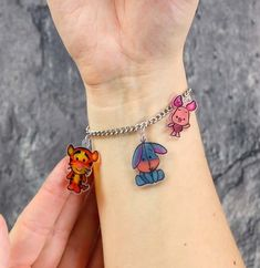 Some people might remember shrinky dinks from their childhood — tiny pieces of toy jewelry made from shrinking plastic. What fun it was to put the plastic in the oven and watch intently as it … Diy For Kids, Crafts For Kids, Diy Jewelry, Jewelry Making, Jewellery, Shrink Art, Shrinky Dinks, Fathers Day Crafts, Bijoux Diy