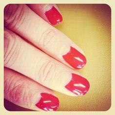 Half moon manicure in Hollywood Shellac by Flashlash!