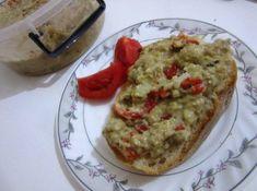 Salata de vinete cu maioneza şi ardei kapia copti Guacamole, Mexican, Ethnic Recipes, Food, Salads, Meal, Essen, Hoods, Meals