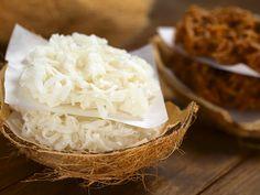 Nesse artigo aprenda como fazer cocada para vender. Veja diferentes tipos de receita de cocada como da branca, de chocolate, cocada simples, entre outras.