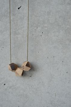 Ketten lang - Holzkette - ein Designerstück von sarinadrescher bei DaWanda