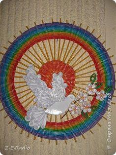 Картина панно рисунок Поделка изделие День Победы Плетение 70 лет под мирным небом Бумага газетная фото 1