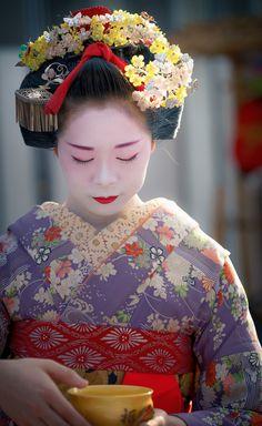 舞妓 maiko 駒子 komako 祇園東 KYOTO JAPAN