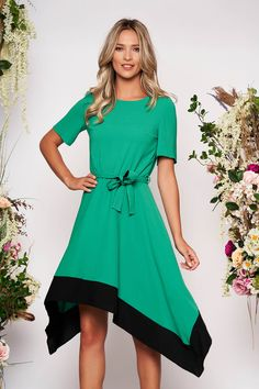 Reduceri rochii -70% - preturi reduse - Rochii Romania Short Sleeve Dresses, Dresses With Sleeves, Sweet, Floral, Fashion, Green, Gowns With Sleeves, Moda, Sleeve Dresses