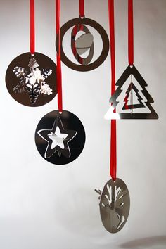 E' arrivato il tempo delle feste e dell'atmosfera Natalizia e con esso i miei consigli per regali di Natale ad alto contenuto di design. [Con uno sconto per te del 50%+10%]  #christmasgift #christmas #gift #regalidinatale Christmas Balls, Origami, Steel, Budget, Shop, Christmas Baubles, Origami Paper, Budgeting, Origami Art