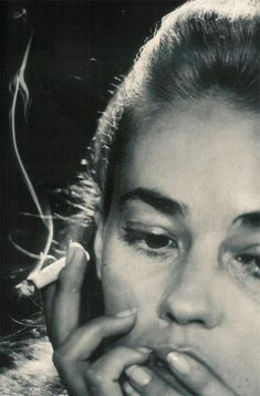 Good morning Jeanne Moreau by David Bailey. Lesser seen / lesser shared portrait from the 1969 superbook Goodbye Baby and Amen: A Saraband For The Sixties. Jeanne Moreau, David Bailey Photography, White Photography, Women Smoking, Girl Smoking, Smoking Room, Cinema Video, Star Francaise, French New Wave