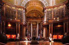 Biblioteca Nacional da Áustria   (Wien Prunksaal Oesterreichische Nationalbibliothek)