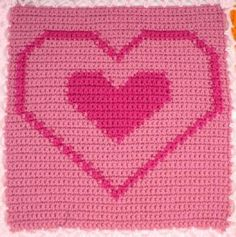 Outline Heart Square – Free Crochet Pattern