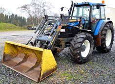 New Holland 8160 Schlepper mit Frontlader und Fronthydraulik