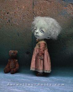 BJD Art Doll.12 in. Gothic. Limited Edition. Dark Alley Doll - Poppy.