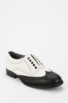 Wanted Laceless Oxford #urbanoutfitters