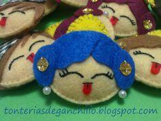 Tonterías de... Fidget Quilt, Felt Crafts, Crafty, Quilts, Christmas Ornaments, Holiday Decor, Diy, People, Ideas