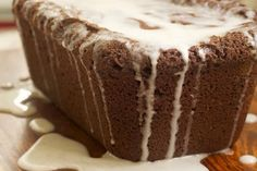 Chocolate and vanilla are a perfect pair in this Chocolate Pound Cake with Vanilla Bean Glaze. - Bake or Break