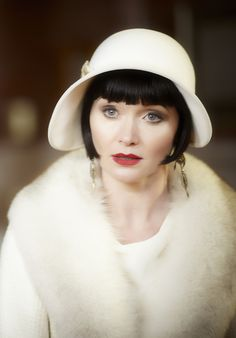 Miss Phryne Fisher (Essie Davis) in 'Queen of the Flowers'