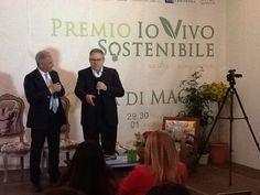 #Paolo Liguori e #Piero Muscari nel salottino Castéstyle durante il premio #ioVivoSostenibile
