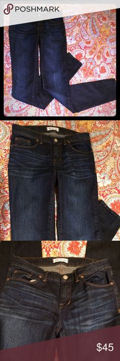 """MADEWELL 9"""" Dark Wash Skinny Jeans MADEWELL high rise 9"""" jeans, Whiskering in front, slight fading effect on legs. Inseam 33.5"""", length 42"""". Dark blue wash. 93% cotton, 6% polyester, 1% spandex. NWOT. Madewell Jeans Skinny"""