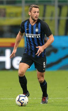 Stefan de Vrij Football Team, Milan, Chelsea, Soccer, Action, Wallpapers, Running, Game, Sports