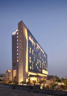 Vivanta by Taj Gurgaon,Courtesy of WOW Architects   Warner Wong Design