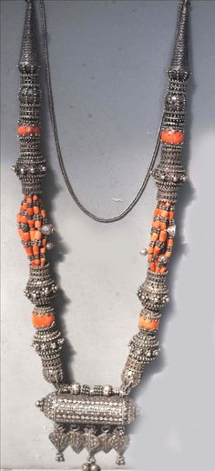 Very large Yemen necklace with incredible granulation (archives sold Singkiang)
