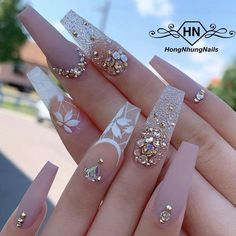 your success is our reward – Ugly Duckling Nails Inc. Beautiful nails by @ hongnhungnails Cute Acrylic Nail Designs, Best Acrylic Nails, Simple Nail Designs, Latest Nail Designs, Nail Swag, Nails Inc, Pink Nails, Glitter Nails, Stone Nails