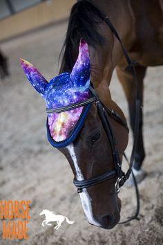 HORSE EAR NETS full size COSMOS print
