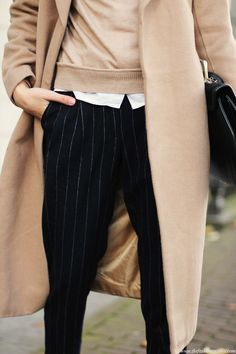 What to Wear to Work: Camel Coat, Sweater, Pinstripe Pants Beige Outfit, Camel Coat Outfit, Outfit Jeans, Look Fashion, Daily Fashion, Winter Fashion, Fashion Outfits, Office Fashion, Looks Style