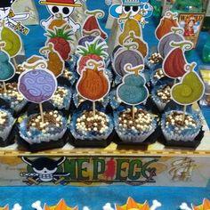 Topper One Piece Akuma no Mi One Piece Birthdays, Steve Minecraft, One Piece Theme, Akuma No Mi, Pirate Birthday Invitations, Anime Cake, Anime Wedding, Mario Party, Pirate Theme