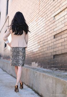ExtraPetite.com - New workwear option: The Limited petites #TheLimited #WorkWear #BloggerStyle #ExtraPetite #LeopardPrint camel, snow leopard