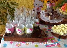 botellas recicladas decoradas: Fiesta de Hello Kitty
