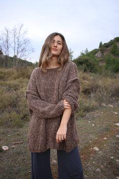 Oversized chunky knit sweater brown alpaca by ThreeBirdsSitting