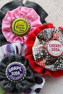 Ruffled bottle cap brooch #crafts