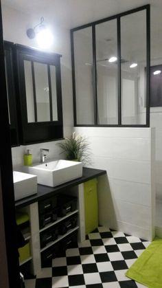 petite salle de bains zen et moderne de 6m2 recherche et zen. Black Bedroom Furniture Sets. Home Design Ideas