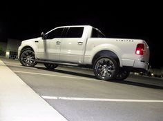 Ford F150 Limited Edition. Saw two of these up close. They are beautufiulllll