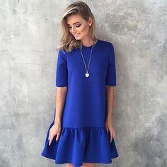 Купить или заказать Платье с воланом из неопрена в интернет-магазине на Ярмарке Мастеров. Платье свободного кроя из неопрена , рукав и длина волана по желанию клиента . На сегодня неопрен есть в синем , мятном и персиковом цветах .